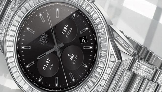 Smartwatch giá chát hơn cả Apple Watch Edtiton cao cấp nhất - 1