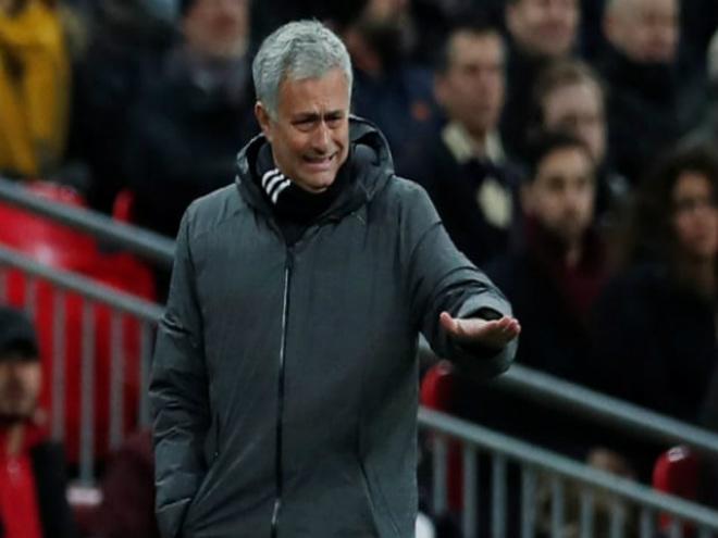 """MU hết cửa Ngoại hạng Anh: Mourinho """"đánh bạc"""" với Champions League - 1"""