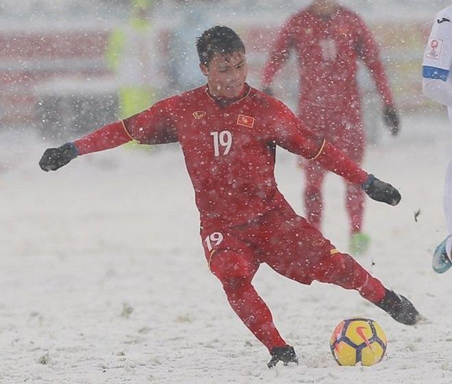 Ý nghĩa hình xăm trên cổ tay Quang Hải U23 Việt Nam - 1