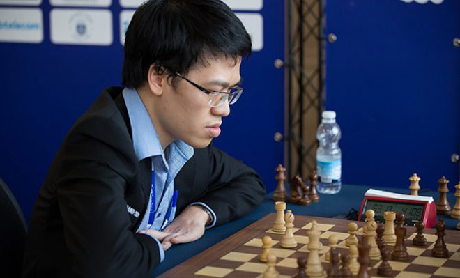 Vỡ òa cờ vua thế giới: Quang Liêm giăng bẫy hạ cao thủ, top đầu bảng xếp hạng - 1