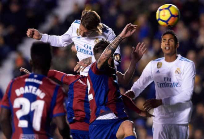 Levante - Real Madrid: Rượt đuổi 4 bàn, sai lầm phút 89 - 1