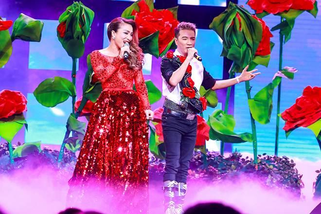 Hồng Ngọc tái hợp cùng Mr. Đàm đón năm mới trên du thuyền triệu đô - hình ảnh 3