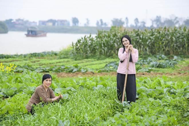 NSND Lan Hương rơi nước mắt vì ca khúc do Lương Nguyệt Anh sáng tác - hình ảnh 4