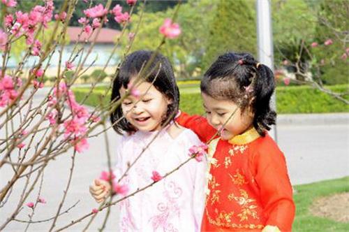 Giúp mẹ chăm sóc trẻ để Tết trọn niềm vui - hình ảnh 1