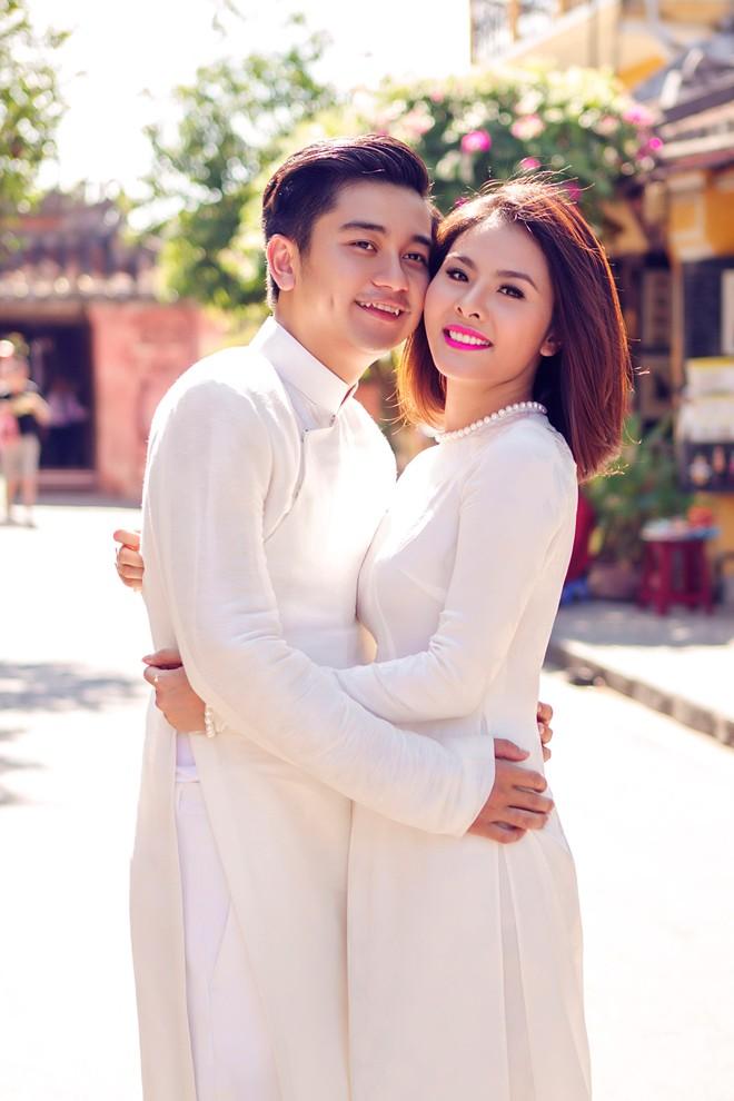 Vân Trang mua môtô 150 triệu đồng tặng chồng nhân kỷ niệm 2 năm cưới - hình ảnh 2