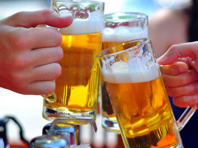 Uống bao nhiêu rượu bia để không phải đi viện ngày Tết? - hình ảnh 1