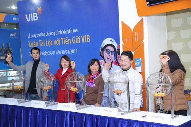 VIB công bố gần 300 khách hàng gửi tiết kiệm trúng thưởng đợt 1 - 1