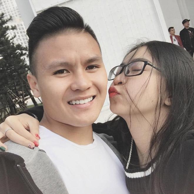 Bạn gái Quang Hải, Duy Mạnh được dân mạng khen ngợi hết lời - hình ảnh 2