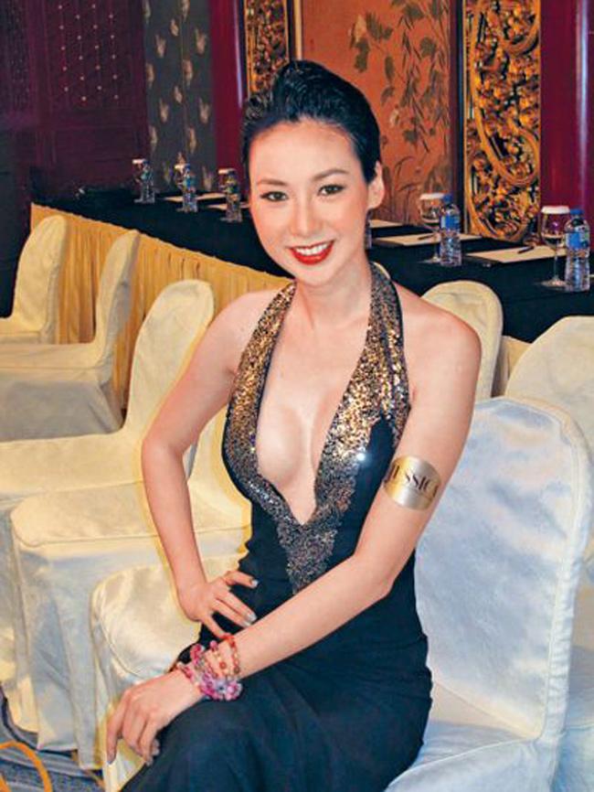 """Bị fan rủ """"qua đêm"""" 300 triệu đồng, mỹ nữ họ Trang làm ngay điều này - hình ảnh 10"""