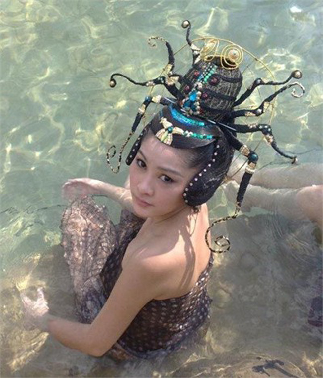 Hé lộ sự thật những cảnh tắm suối trong Tây Du Ký qua nhiều phiên bản - hình ảnh 16