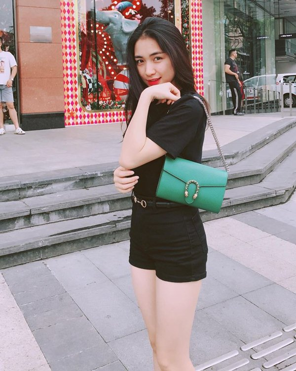 """Hoà Minzy từ thảm hoạ thời trang nay """"lột xác"""" xinh đẹp mỹ miều - hình ảnh 7"""