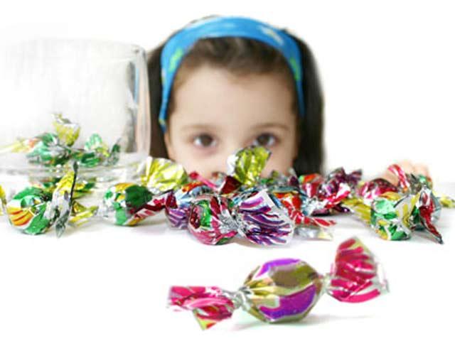 Những sai lầm khi cho trẻ ăn ngày Tết - hình ảnh 1