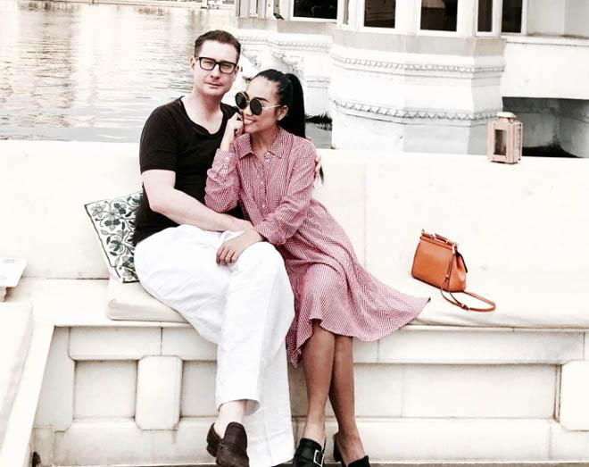Vợ chồng Đoan Trang đón lễ tình nhân xa hoa tại Ấn Độ - hình ảnh 2