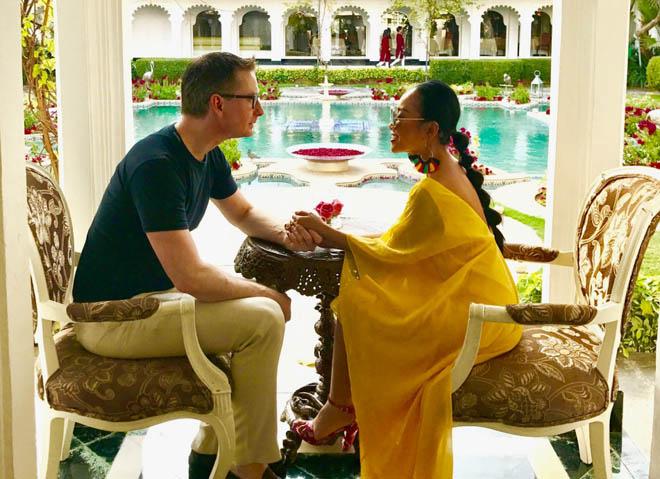 Vợ chồng Đoan Trang đón lễ tình nhân xa hoa tại Ấn Độ - hình ảnh 3
