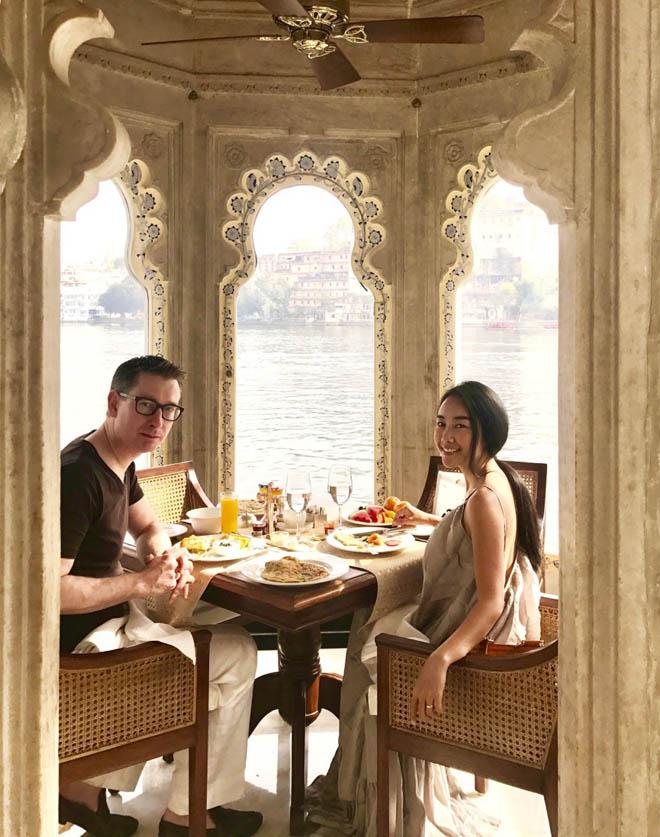 Vợ chồng Đoan Trang đón lễ tình nhân xa hoa tại Ấn Độ - hình ảnh 4