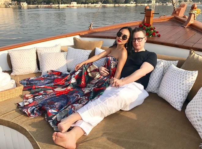 Vợ chồng Đoan Trang đón lễ tình nhân xa hoa tại Ấn Độ - hình ảnh 5