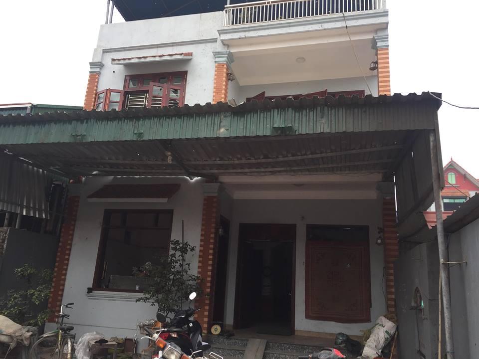 Dân làng Quan Độ phủ bạt lên nóc nhà đón Tết sau vụ nổ rung chuyển Bắc Ninh - hình ảnh 4