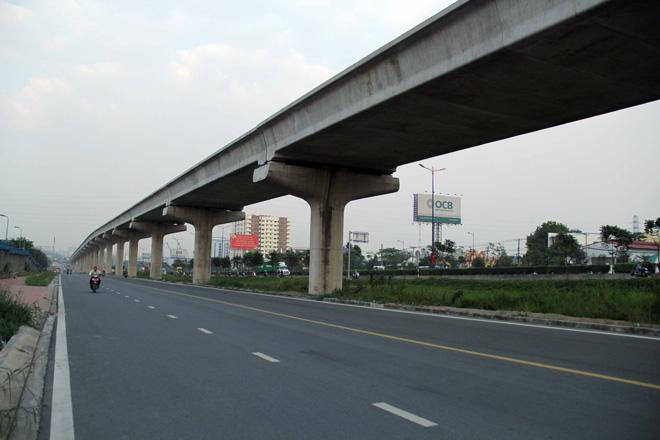 Đường cong uốn lượn của metro đầu tiên ở SG sau 6 năm thi công - hình ảnh 4