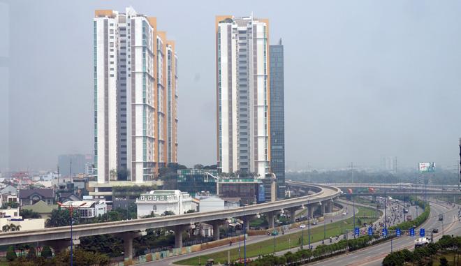 Đường cong uốn lượn của metro đầu tiên ở SG sau 6 năm thi công - hình ảnh 15