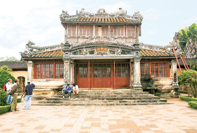 Qua đêm ở 'nhà' các vua triều Nguyễn - hình ảnh 1