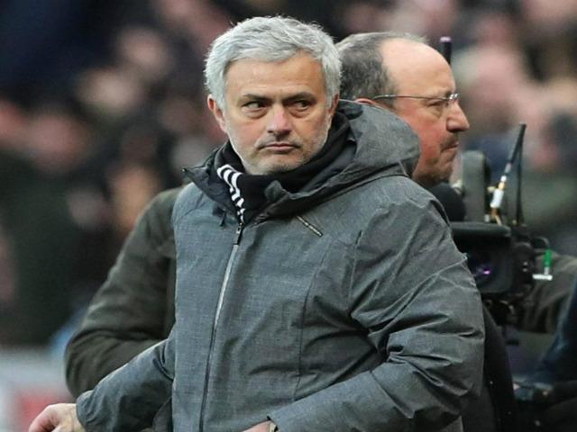 """MU 661 triệu bảng """"vứt đi"""": Mourinho đòi 1 tỷ bảng tậu 5 SAO Real"""