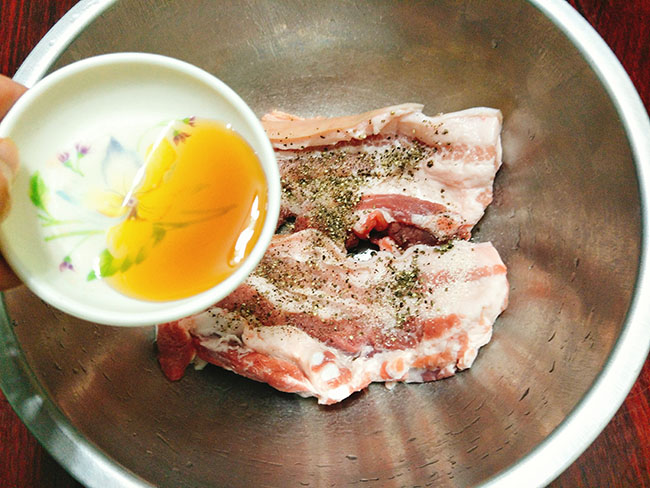 Thịt ba chỉ ướp bia chiên giòn nhậu lai rai cực hấp dẫn - 4