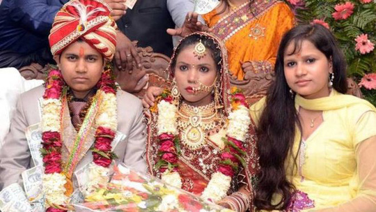 Giả làm đàn ông cưới liền 2 bà vợ - 1