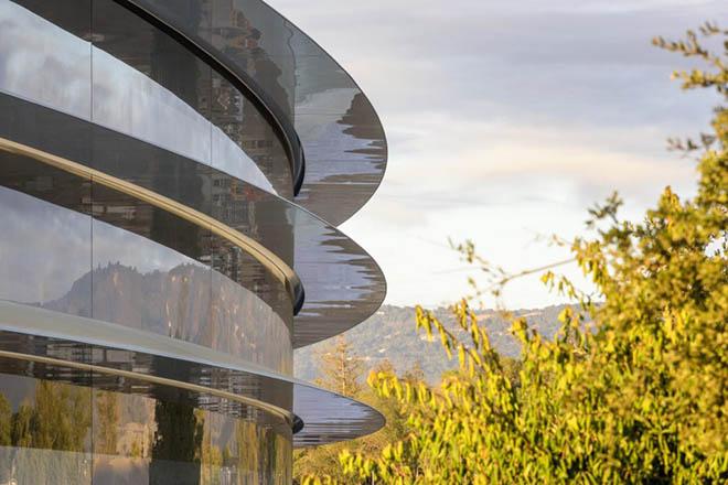 Sự xuất sắc trong thiết kế của Apple đang làm hại nhân viên - 1