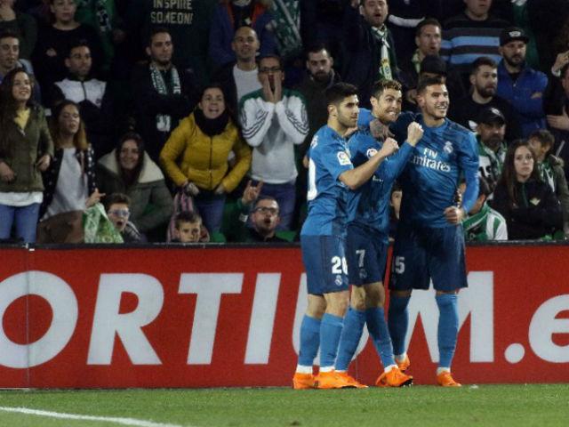 Ronaldo bật tung cảm xúc, vua Real giữ lửa đấu PSG – Neymar