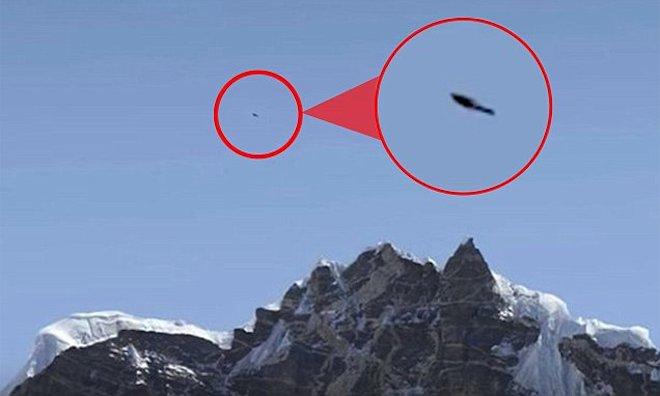 Phát hiện vật thể bay không xác định trên đỉnh Everest - 1