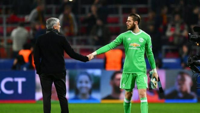 """Chuyển nhượng MU: Mourinho """"mở cửa"""" để De Gea sang Real - 1"""