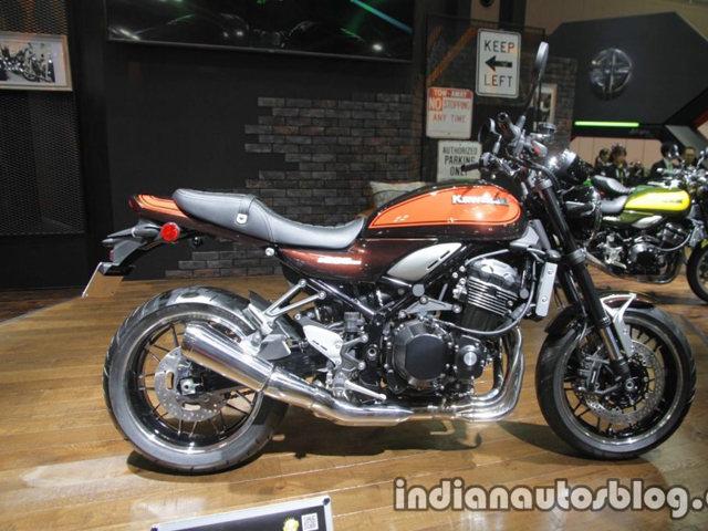 "Kawasaki Z900RS vs Triumph Bonneville T120: ""Mèo nào cắn mỉu nào?"""