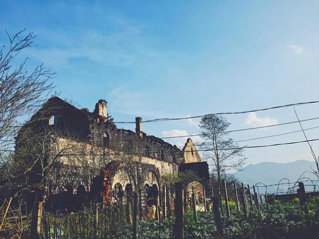 Tới Sa Pa khám phá tu viện cổ Tả Phìn đầy ma mị