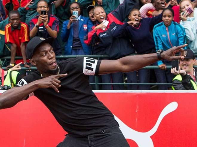 Usain Bolt ký hợp đồng đá bóng: Đến Ngoại hạng Anh đấu MU? - 1