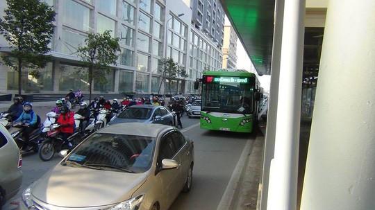 Đề xuất các phương tiện đi vào làn BRT từ nửa đêm đến rạng sáng - 1