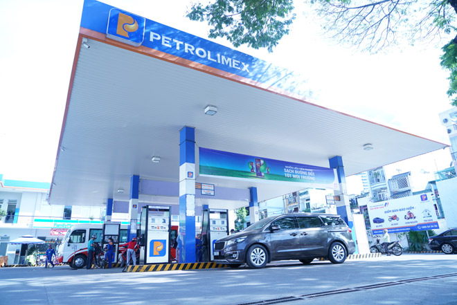"""Petrolimex và sứ mệnh cung cấp """"nhiên liệu xanh"""" - 1"""