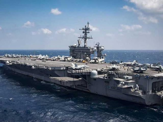 Uy lực siêu tàu sân bay Mỹ sắp đến Việt Nam