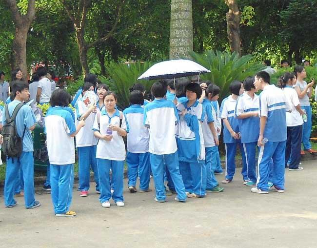 Khám phá đồng phục học sinh của các quốc gia trên thế giới - 6