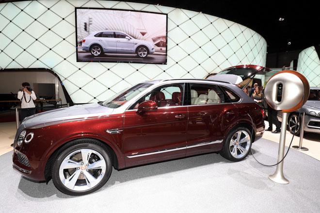 Bentley ra mắt bộ sạc điện dành riêng cho Bentayga Hybrid - 2