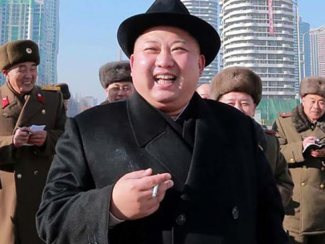 """Mỹ: Sức khỏe ông Kim Jong-un """"suy giảm mạnh"""""""