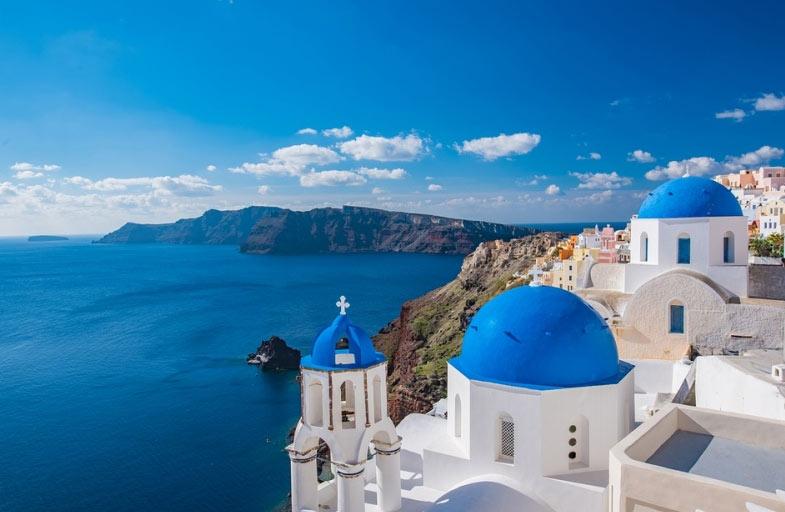 Thiên đường du lịch Santorini: Không phải màu hồng như bạn tưởng tượng - hình ảnh 3