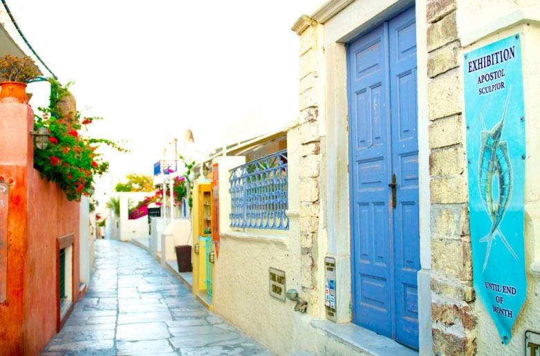 Thiên đường du lịch Santorini: Không phải màu hồng như bạn tưởng tượng - hình ảnh 9