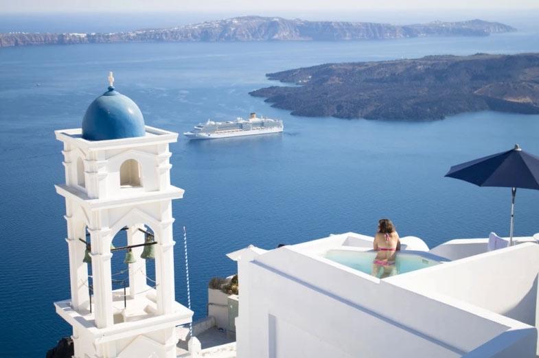 Thiên đường du lịch Santorini: Không phải màu hồng như bạn tưởng tượng - hình ảnh 5