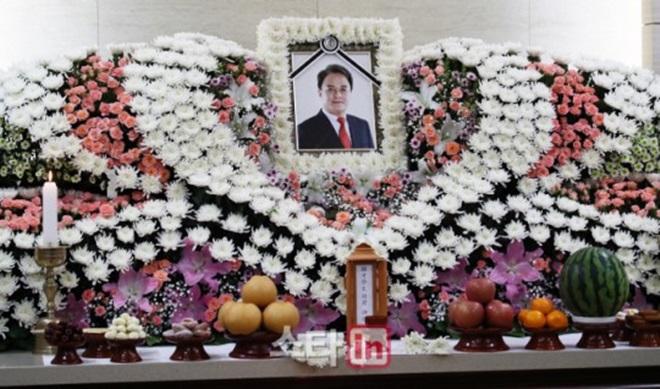 Phong tỏa nhà kho nơi diễn viên Hàn tự sát: Phát hiện di thư dài 6 trang giấy A4 - hình ảnh 3
