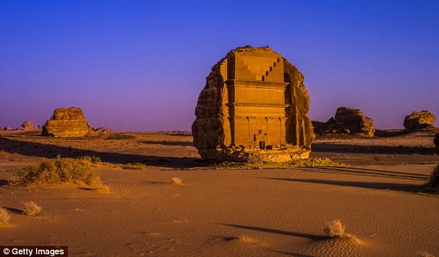 """Khám phá """"đất nước của những lâu đài trên cát"""" nay đã trở nên dễ dàng hơn bao giờ hết - hình ảnh 4"""