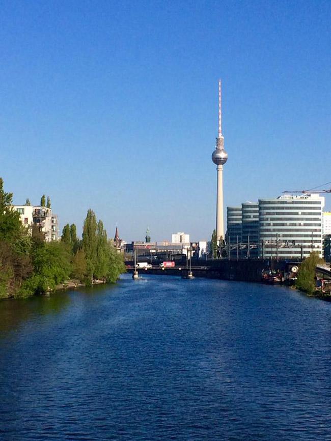 Muốn thăm một Châu Âu cổ kính, thanh lịch, bạn nhất định phải tới thành phố xinh đẹp này - hình ảnh 7