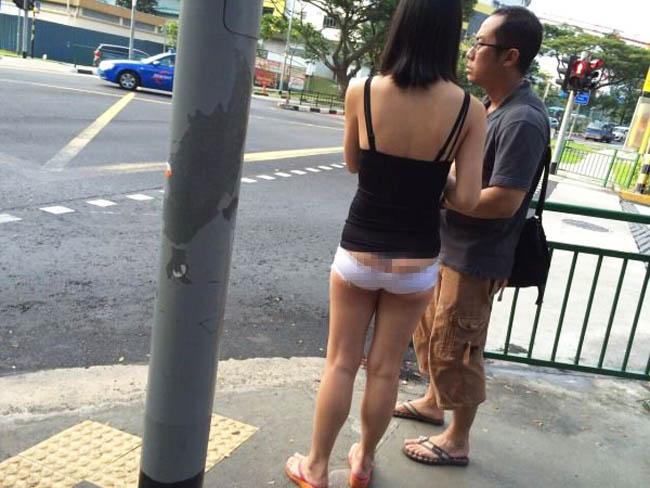Váy áo mỏng tang, siêu ngắn gây đỏ mặt của con gái Trung Quốc - hình ảnh 12