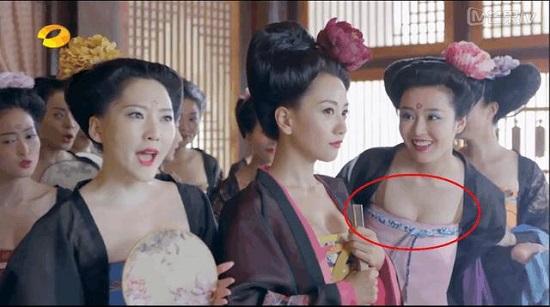 """""""Thánh soi"""" nhặt lỗi ngớ ngẩn trong phim Trung Quốc - hình ảnh 1"""