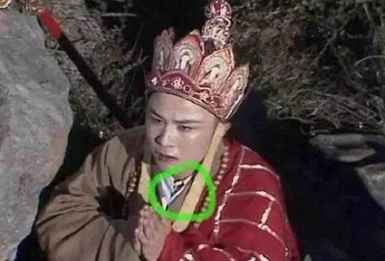 """""""Thánh soi"""" nhặt lỗi ngớ ngẩn trong phim Trung Quốc - hình ảnh 4"""