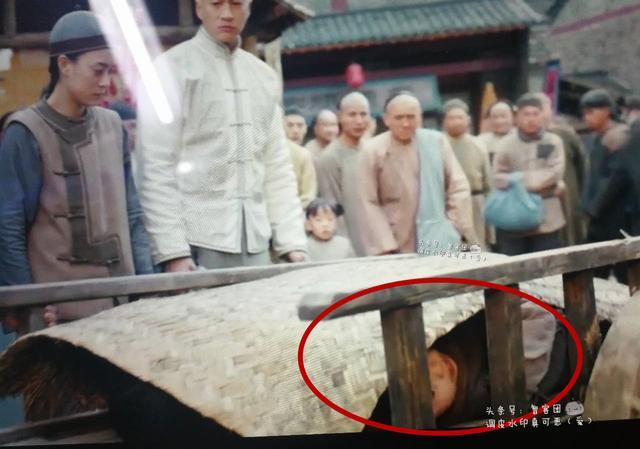 """""""Thánh soi"""" nhặt lỗi ngớ ngẩn trong phim Trung Quốc - hình ảnh 5"""